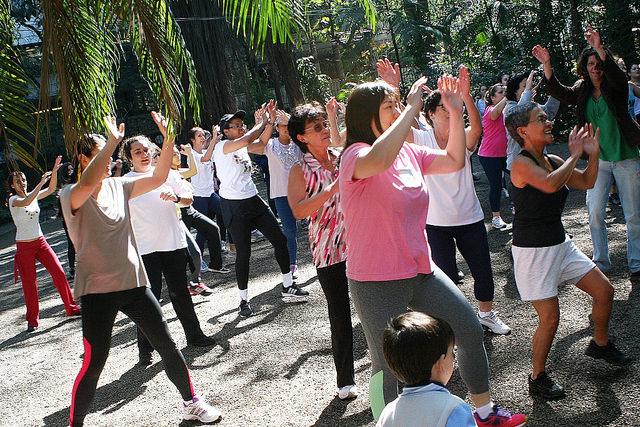 Zumba Fitness Parque Lina e Paulo Raia dia 06-09-2014 Fit_15168205257_m