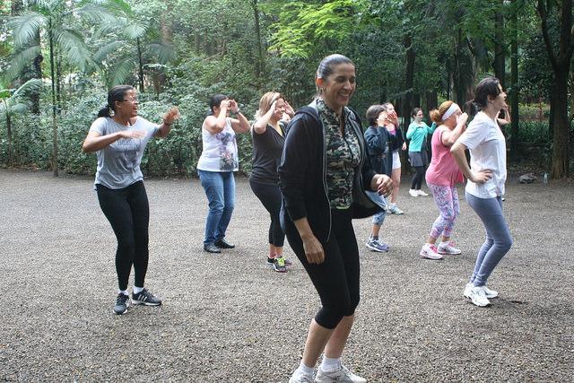 zumba fitness parque 27-09-2014 - 001001020_15374441925_m
