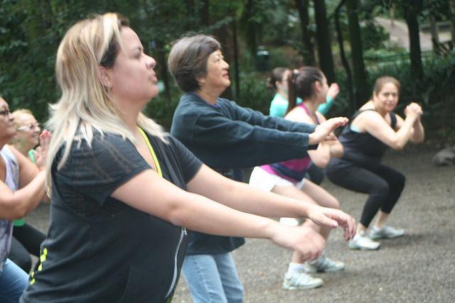 zumba fitness parque 27-09-2014 - 001001025_15187859508_m