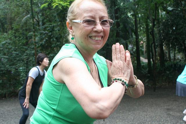 zumba fitness parque 27-09-2014 - 001001030_15371282911_m