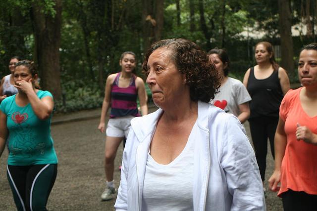 zumba fitness parque 27-09-2014 - 001001041_15374432705_m