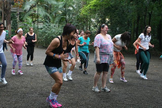 zumba fitness parque 27-09-2014 - 001001061_15187736840_m