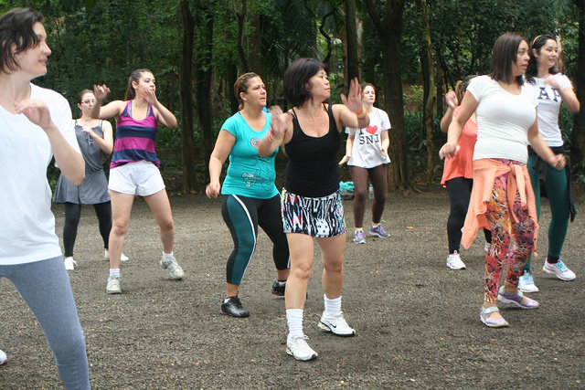 zumba fitness parque 27-09-2014 - 001001064_15371264291_m