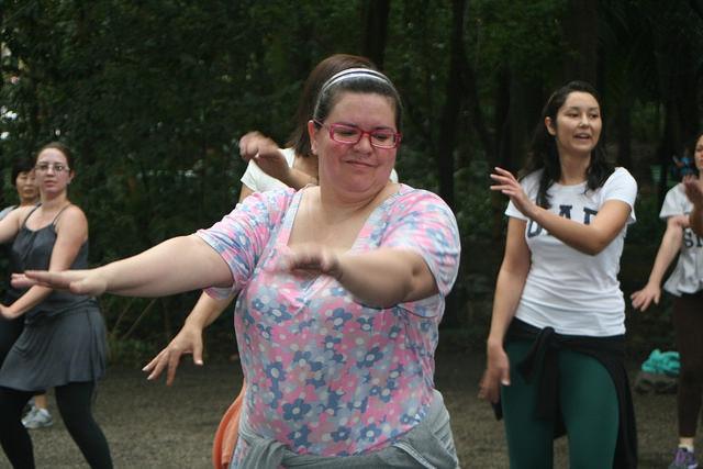 zumba fitness parque 27-09-2014 - 001001080_15187915127_m