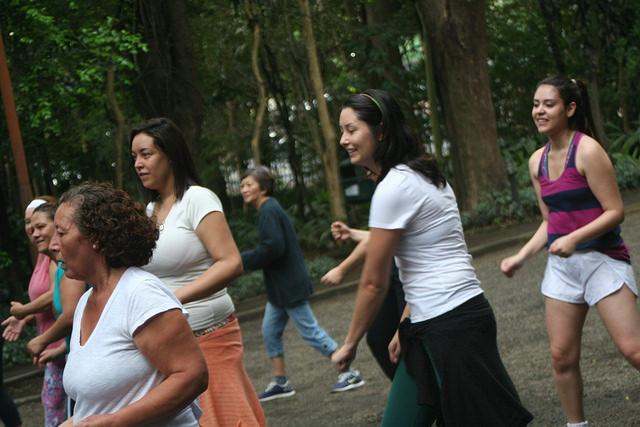 zumba fitness parque 27-09-2014 - 001001094_15374102452_m