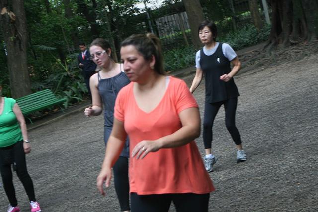 zumba fitness parque 27-09-2014 - 001001095_15374395955_m