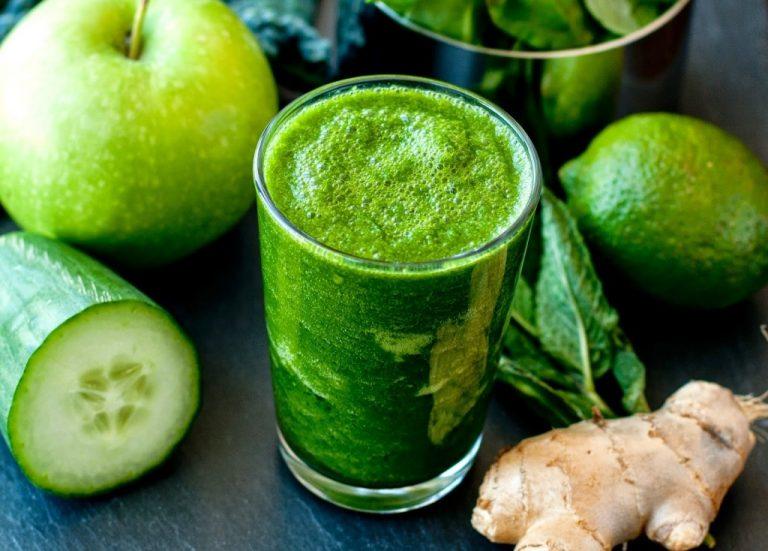 3- Vitamina Detox Verde Rica em Antioxidantes